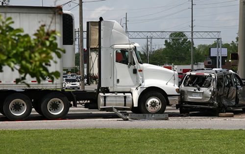 Truck Accident Lawyer in Orlando, Central Florida can Help